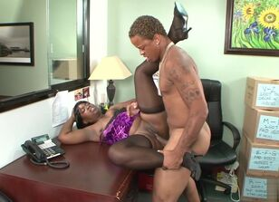 Horny black mothers porn